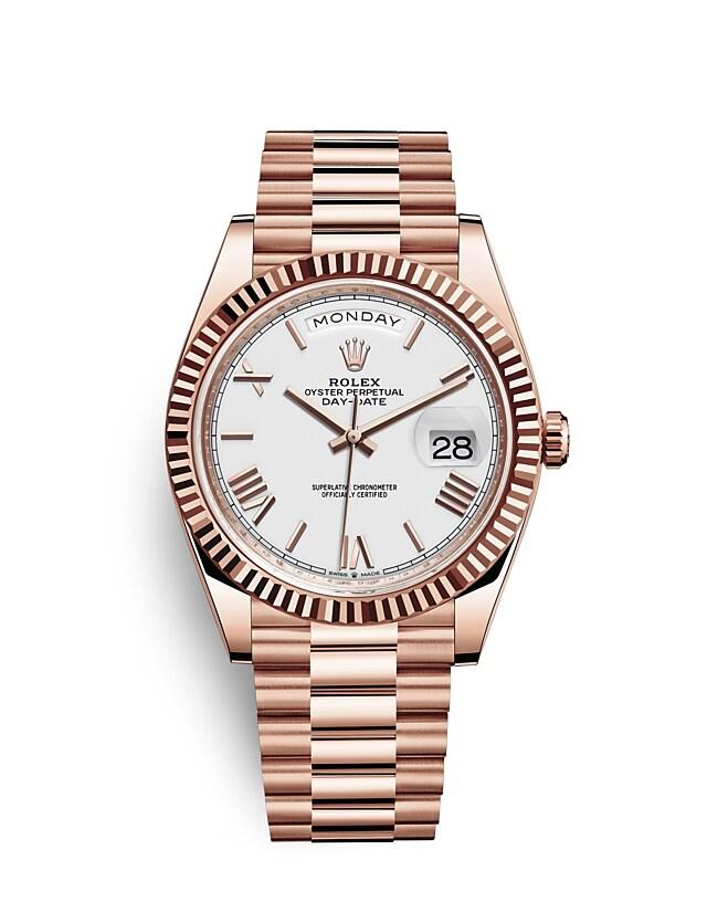 นาฬิกา Rolex Day-Date 40 มม., เอเวอร์โรสโกลด์ หน้าปัดสีขาว ขอบหน้าปัดแบบเซาะร่อง