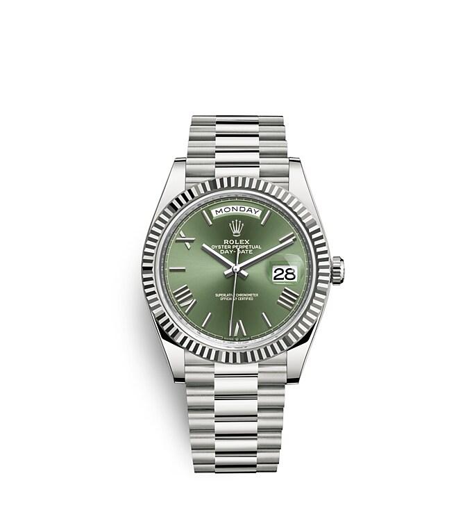 นาฬิกา Rolex Day-Date 40 มม., ทองคำขาว หน้าปัดสีเขียวมะกอก ขอบหน้าปัดแบบเซาะร่อง