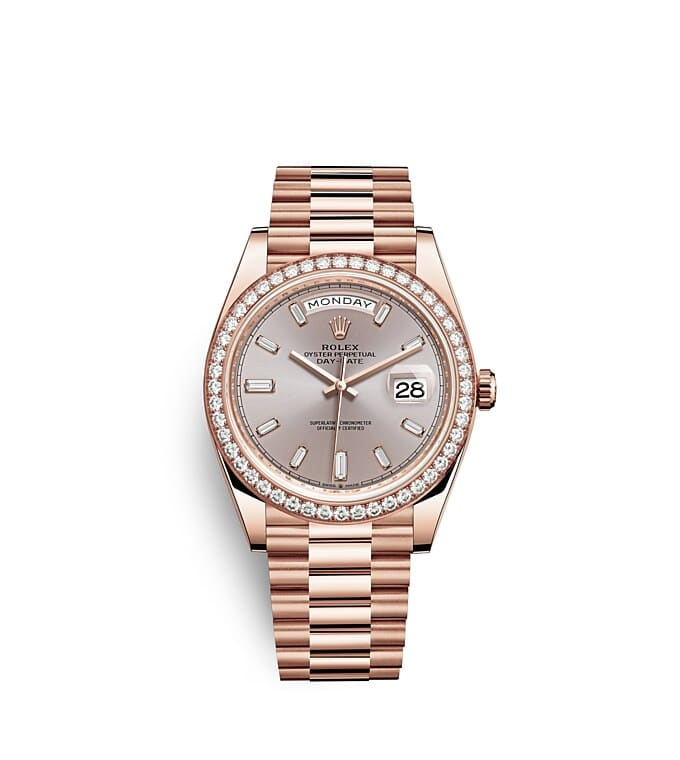 นาฬิกา Rolex Day-Date 40 มม., เอเวอร์โรสโกลด์และเพชร หน้าปัดซันดัสท์ ขอบหน้าปัดประดับเพชร