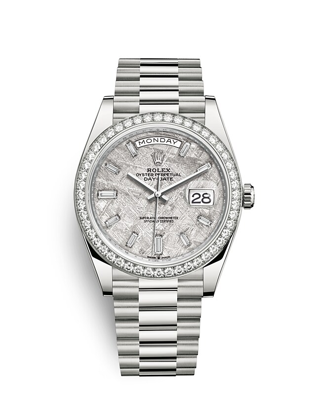 นาฬิกา Rolex Day-Date 40 มม., ทองคำขาวและเพชร หน้าปัดเมธีโอไรท์ ขอบหน้าปัดประดับเพชร